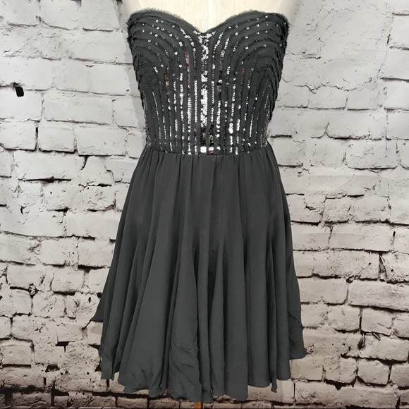 90100b2a74a87 Rebecca Taylor Dresses | Gray Silver Sequin Strapless Dress | Poshmark